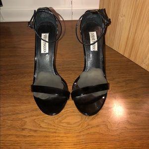 Steve Madden Stecy heels. Black patent. 6.5